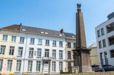Gent renoveert plein en defecte Napoleon-pomp
