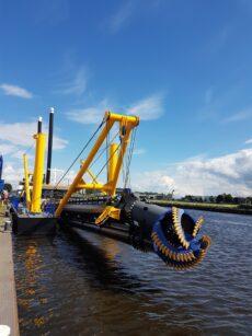 Damen levert baggerschip aan T&C in Paraguay
